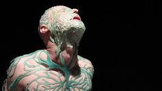 This Facehugging Helmet Feeds You Algae All Day Long | Co.Design | business + design