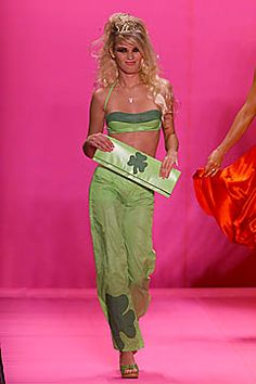 Betsey Johnson Spring 2001 Ready-to-Wear - Collection - Gallery - Style.com