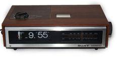 Vintage Flip Clock Radio Beautiful Vintage Sony by DieVoltVintage #vintage #vintagehollywood #vintage clock #flipclock #sony #1980s #clockradio #clocks
