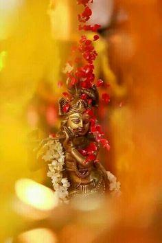 Krishna Thank u a lot . U are my best friend. Radha Krishna Pictures, Lord Krishna Images, Radha Krishna Photo, Krishna Photos, Radhe Krishna, Krishna Art, Shri Hanuman, Baby Krishna, Shree Krishna Wallpapers