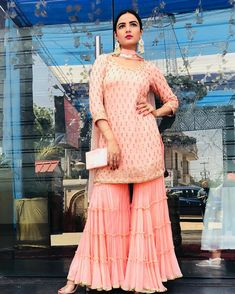 Youdesign Georgette Multi Work Gharara In Pastel Pink ColourSha ra ra in sharara, earrings a😍The Stylish And Elegant Gharara In Pastel Pink Colour Looks Stunning And Gorgeous With Trendy And Fashionable Georgette Fabric Looks Extremely Attractive Gharara Designs, Kurta Designs Women, Kurti Designs Party Wear, Indian Fashion Dresses, Dress Indian Style, Pakistani Dress Design, Pakistani Dresses, Pakistani Suits, Indian Wedding Outfits
