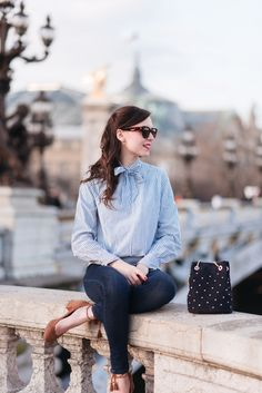 En Sezane sur le Pont Alexandre III (Mode and the city) Spring Summer Fashion, Autumn Winter Fashion, Spring Outfits, Mode Outfits, Casual Outfits, Fashion Outfits, Casual Wear, Fashion Ideas, Fashion Trends