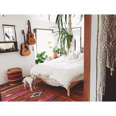 """""""Though I always love being on the road and staying in so many beautiful places, I'm still lonesome for my @amerisleep bed, my sweet pup #donutunderfoot,…"""""""