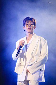 Kim Hanbin Ikon, Ikon Kpop, Yg Ikon, Bobby, Baekhyun, Ringa Linga, Ikon Leader, Jay Song, Ikon Debut