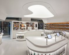 Glamshops visual merchandising & shop reviews - Vintry Fine Wines Shop New York Roger Marvel Architects