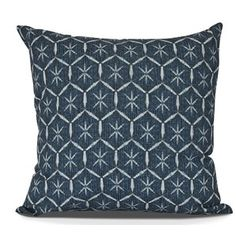 Amandes Throw Pillow