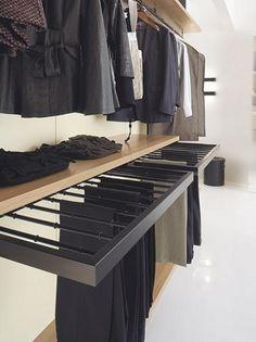 Excelente idea para colgar los pantalones, y un look muy moderno