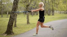 Erin Oprea, trainer to stars like Carrie Underwood, has a few exercises that'll leave you toned all over. Muscle Fitness, Fitness Tips, Fitness Motivation, Fitness Workouts, Erin Oprea, Burn Fat Build Muscle, Exercise Physiology, Thigh Exercises, Workout For Beginners