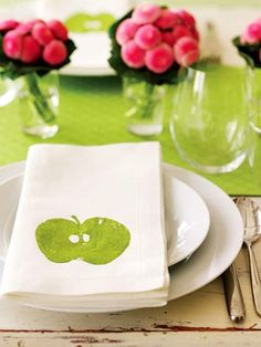 These pretty napkins were created by cutting an apple in half and stamping with it. Easy!