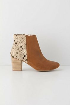 d55e679ebd0ed9 Kenna Cutout Booties