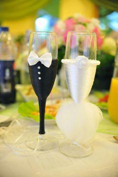 niebieska_podwiązka: Kieliszki do szampana