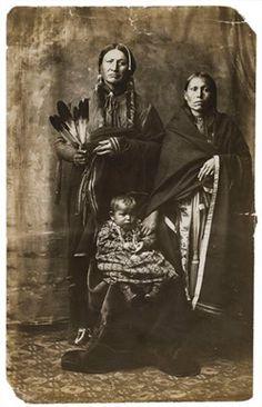 Kiowa family - no date