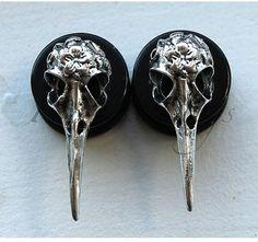 Bird Skull Plugs by FearlessPlugs on Etsy Body Jewellery, Skull Jewelry, Ear Jewelry, Hippie Jewelry, Antique Jewelry, Jewelery, Jewelry Accessories, Jewelry Design, Flower Jewelry