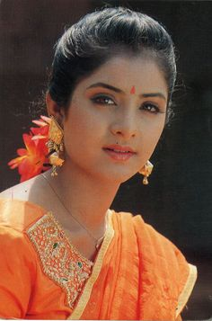 149 Best Divya Bharti Images Bollywood Beautiful Actresses
