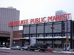 Google Image Result for http://photos.igougo.com/images/p356523-Milwaukee-Milwaukee_Public_Market_exterior.jpg