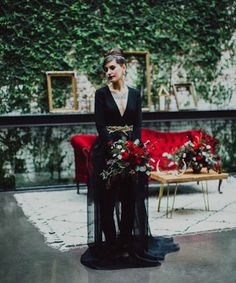 For her wedding at Long Island City's The Foundry (site of Jessa and Thomas-John's spontaneous nuptials), this New York bride took an unconventional route, rocking black-on-black like a besotted Grace Coddington. Rather than the typical white gown,...