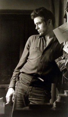 How beautiful is this man? He's got mystery in his eyes; a mystery no one ever got to discover. James dean everyone!