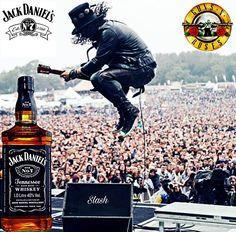 Slash is a well known Jack Daniels drinker. Jack Daniels No 7, Jack Daniels Whiskey, Jack Daniels Wallpaper, Jack Daniels Cocktails, Whiskey Sour, Bourbon, Gentleman Jack, Tennessee Whiskey, Jim Beam