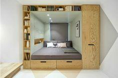 O que fazer quando você tem um quarto pequeno e precisa de um ambiente com várias funções, como espaço para estudos, trabalho, descanso e um lugar para gua