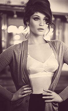 Gemma Arterton - I love her eyeliner.
