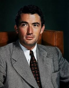 gregory peck - Bing images Hollywood Men, Hooray For Hollywood, Hollywood Icons, Golden Age Of Hollywood, Vintage Hollywood, Hollywood Stars, Classic Hollywood, Gregory Peck, Olivia De Havilland