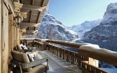 Chalet in Grindelwald, Switzerland Chalet Chic, Chalet Style, Hotel In Den Bergen, Places To Travel, Places To Go, Grindelwald Switzerland, Chalet Design, Mountain Cottage, Mountain View