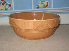 VINTAGE 1940s WATT POTTERY CO. OVENWARE BOWL  #8  Pumpkin Color Sculpted Design