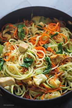 One Pot Chicken Zoodle Stir Fry with Cauliflower, Carrot Noodles, and Shiitake Mushrooms - AIP Zoodle Recipes, Spiralizer Recipes, Stir Fry Recipes, Paleo Recipes, Cooking Recipes, Carrot Noodles, Veggie Noodles, Zucchini Noodles, Veggie Noodle Stir Fry