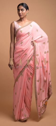 Salmon pink saree in silk adorned with thread, sequins, zardozi and cut dana embroidered floral buttis. Saree Trends, Wedding Sarees, Pink Saree, Indian Attire, Flower Basket, Embroidered Flowers, Salmon, Festive, Dressing