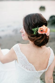 updo with flowers | Shannon Morse Photography | Lyford House