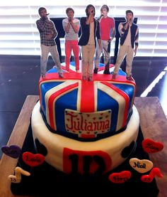 the coolest 1D cake for any directioner. I dont even need a birthday. This could be a Happy Monday cake.