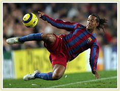 Ronaldinho, Brasil (Grêmío, Paris Saint Germain, FC Barcelona, AC Milan, Flamengo, Atlético Mineiro, Brasil)