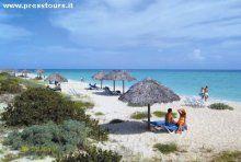 Cuba  CAYO SANTA MARIA  ... uno dei più raffinati resort del Cayo Ubicato sulla spiaggia di Cayo Santa Maria, a circa 10 km dall'aeroporto nazionale di Las Brujas e a circa 110km dall'aeroporto internazionale Abel Santa Maria.
