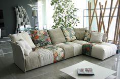 divani angolari per piccoli spazi - Space di Doimo Salotti | Living ...