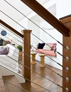 Stair Railing Ideas Tension wire stair railing instead of spindles--I love it!Tension wire stair railing instead of spindles--I love it! Cable Stair Railing, Interior Stair Railing, Stair Railing Design, Staircase Railings, Banisters, Stairways, Railing Ideas, Metal Spindles, Staircase Remodel