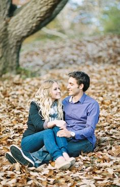 Couples pictures // i love the fall!