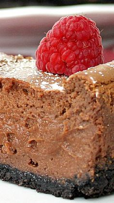 Chocolate Hazelnut Cheesecake ~ chocolate cheesecake with an Oreo crust and just a hint of hazelnut.