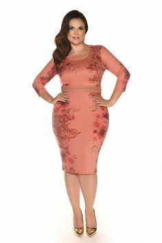 Discover recipes, home ideas, style inspiration and other ideas to try. Curve Dresses, Plus Size Dresses, Plus Size Outfits, Trendy Outfits, Look Plus Size, Plus Size Girls, Plus Size Women, Beautiful Dresses, Nice Dresses