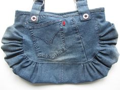 Nice jeans upcycling bag idea, ok, not in this colour:) but very nice, doesnt?