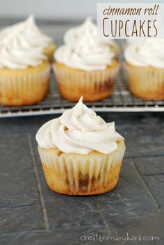 Recipe for Cinnamon Roll Cupcakes with delicious cinnamon cream cheese frosting!