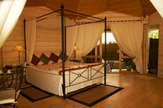 Cosy bedroom for the couples, Kuredu Island Resort and Spa, Maldives