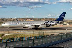 Aerolineas Argentinas Airbus A340-200 LV-FPV in Skyteam colours.