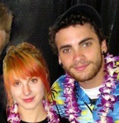 Hayley and Taylor during the 2011 Pacific Rim Tour