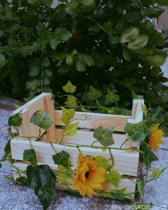 caixote florido  #artesanato #caixote #caixoteflorido #pallets #caixotedefeira #caixotedefeiraflorido #rústicodelicado #girassol #decoração
