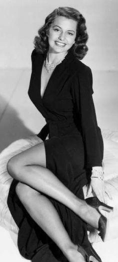 Cyd Charisse (1922 - 2008)