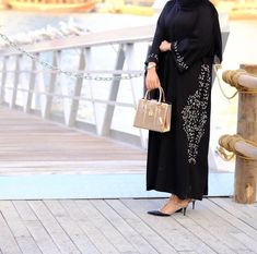 Abaya Fashion, Modest Fashion, Fashion Dresses, Fashion Shoot, Modern Abaya, Conservative Fashion, Abaya Designs, Artsy Photos, Muslim Women