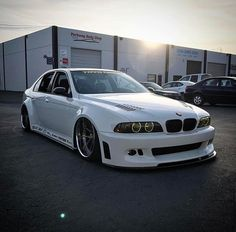 #BMW_E39_M5 #AirLift #Bagged #Slammed #Lowered #RSVForged_Wheels