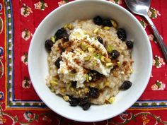 Steel-Cut Oatmeal with Ricotta, Pistachios, and Raisins