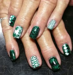 Stamped st. Patrick's Day nails