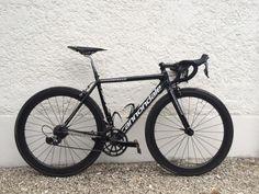 Fixed Gear Bike, Road Bikes, New Phones, Vespa, Cycling, Life, Cool Bicycles, Super Cars, Cycling Art